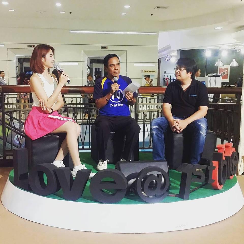 สัมภาษณ์กูรู บก. แมน จาก NationTV 22 และ คุณอู๋ จาก AX MAN