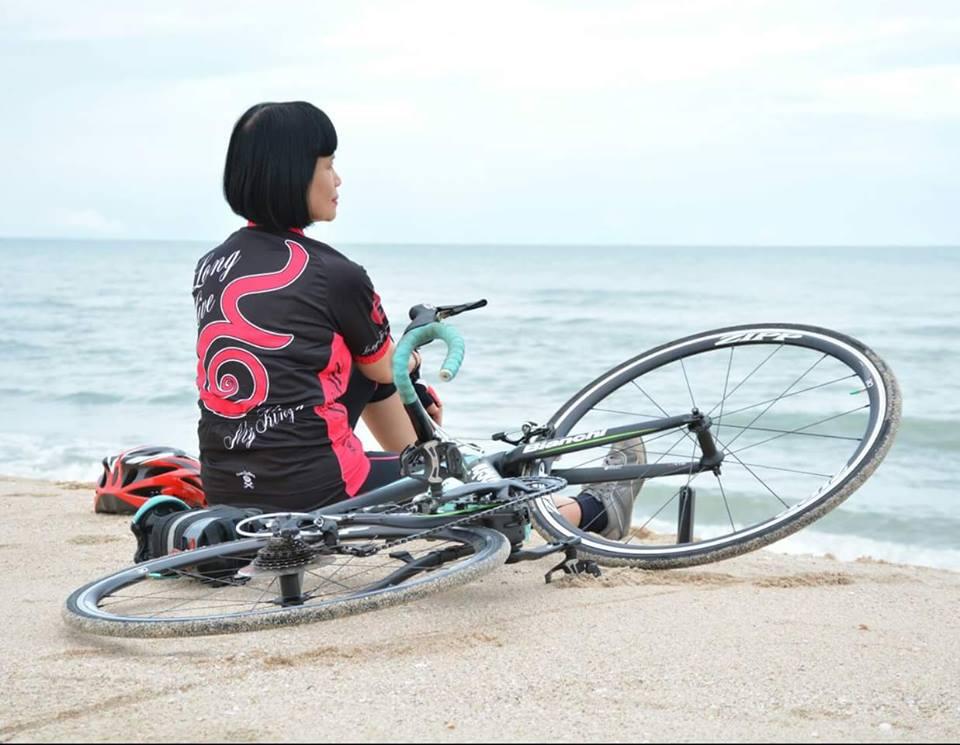 ป้าจิ จักรยาน2