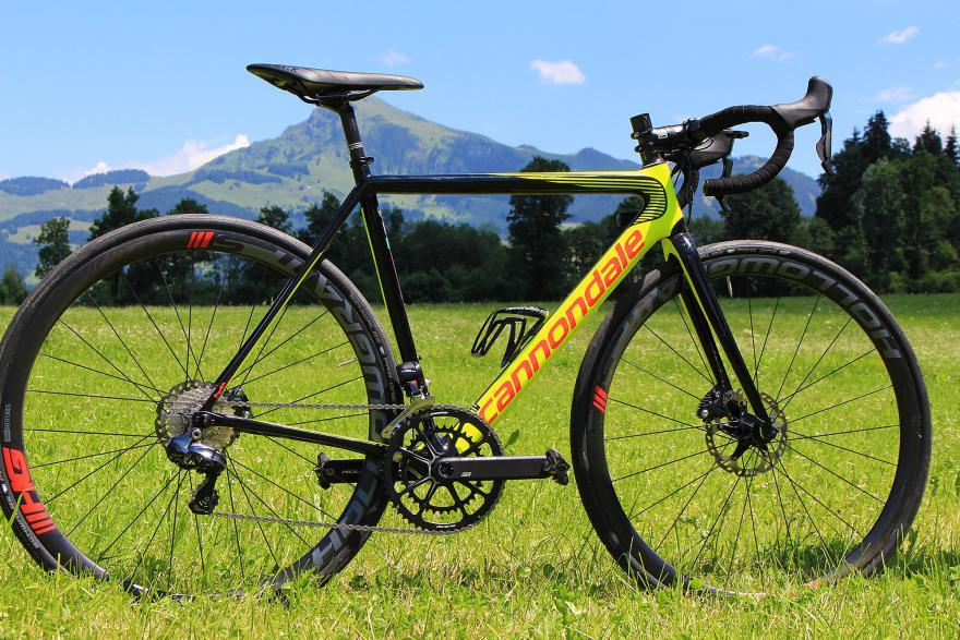 cannondale-supersix-evo-disc-full-bike